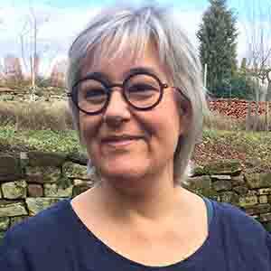 Speaker - Elena Dorow